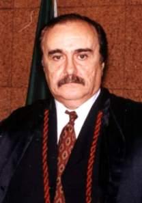 Desembargador Arnaldo Péres